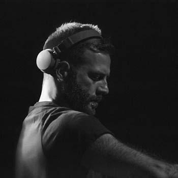 Enrico Sangiuliano – Live @ Kompass Klub (Ghent) – 04-10-2019